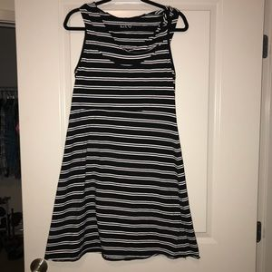 Marc New York casual dress with hoody